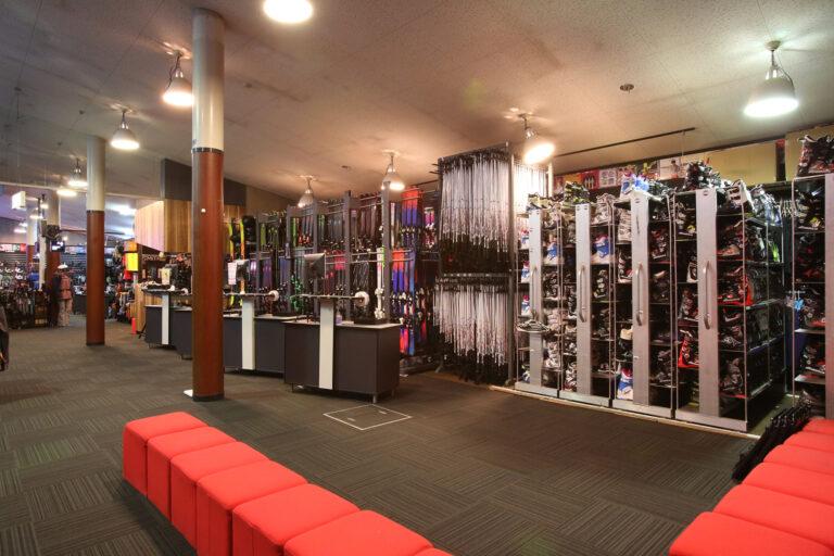 rhythm hakuba ski retail