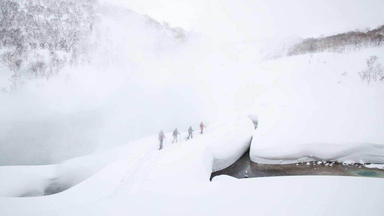 ski-touring-onsen-goshiki-温泉-backcountry-travel-2