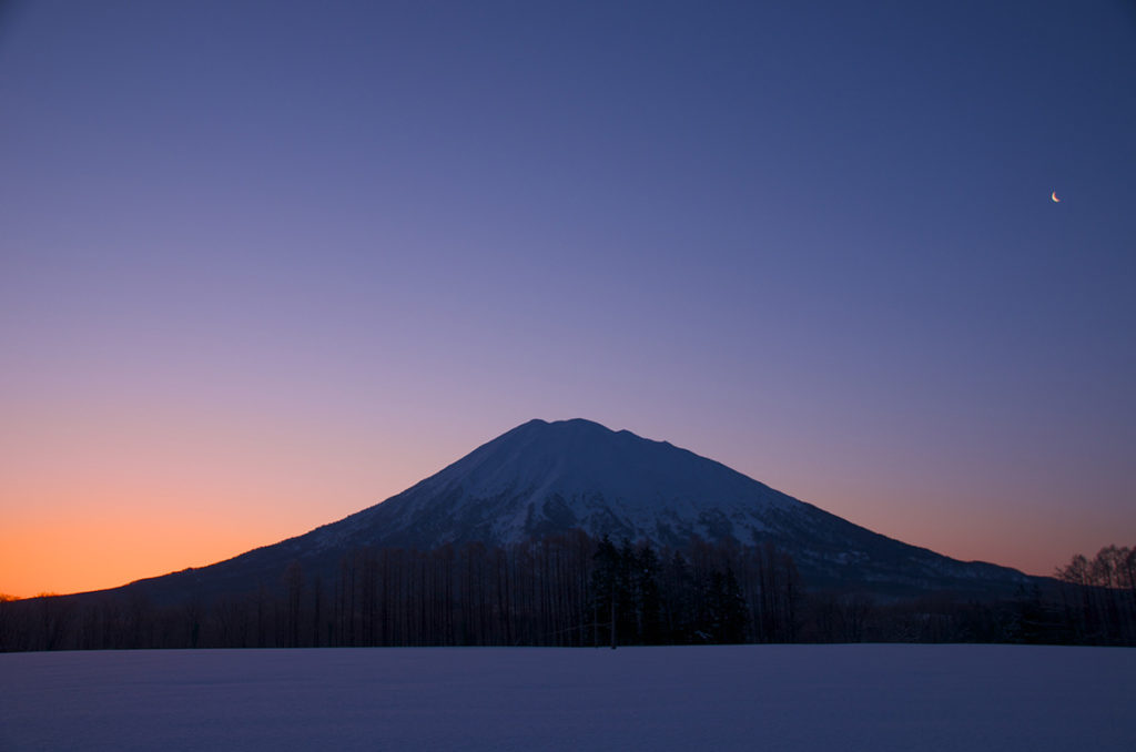 IN NISEKO, THE SPIRIT OF THE MOUNTAINS IS WAITING FOR YOU.